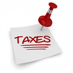 Taxes-white-note-with-pushpin